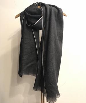 芸能人がアライブ がん専門医のカルテで着用した衣装ストール