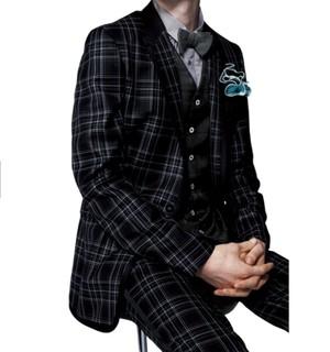 芸能人がトップナイフ ー天才脳外科医の条件ーで着用した衣装スーツ