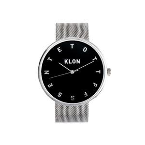 芸能人が女子高生の無駄づかい で着用した衣装腕時計