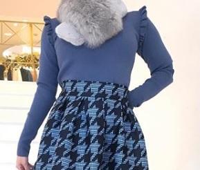 芸能人がニンゲン観察バラエティ モニタリングで着用した衣装ニット