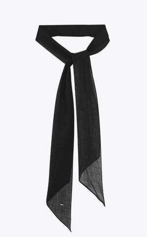芸能人がアリバイ崩し承りますで着用した衣装ネクタイ