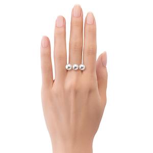 芸能人がトップナイフ ー天才脳外科医の条件ーで着用した衣装指輪