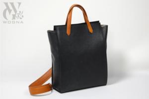 芸能人が花王フレグランス WEBCMで着用した衣装バッグ