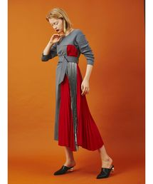 芸能人がCM発表会 ゲロルシュタイナーで着用した衣装ワンピース