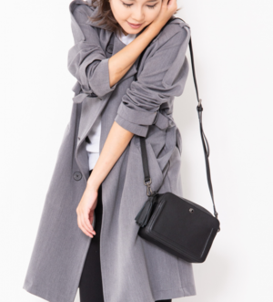 芸能人が痛快TVスカッとジャパンで着用した衣装ショルダーバッグ