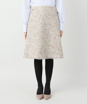 芸能人がアライブ がん専門医のカルテで着用した衣装スカート