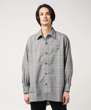 芸能人がyoutubeで着用した衣装シャツ