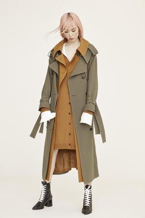 芸能人がInstagramで着用した衣装ニット/コート