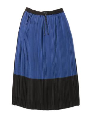 芸能人が名曲お宝音楽祭で着用した衣装スカート