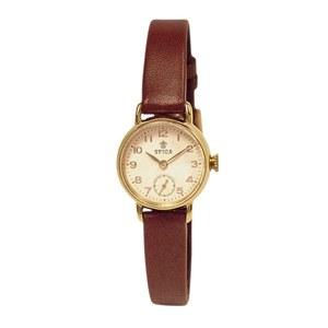 芸能人がB面女子で着用した衣装腕時計