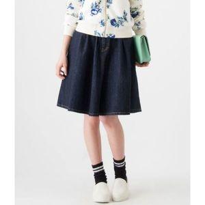 芸能人がMOREで着用した衣装スカート
