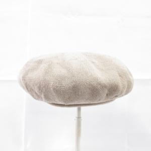 芸能人がupPLUS で着用した衣装帽子