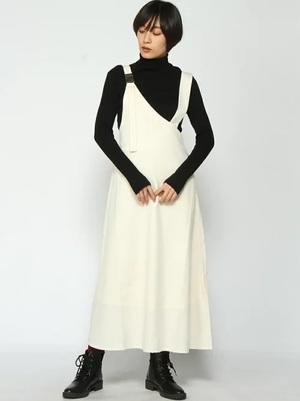 芸能人がInstagramで着用した衣装Tシャツ・カットソー/ワンピース