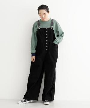 芸能人が美食探偵 明智五郎で着用した衣装サロペット