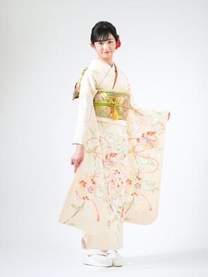 芸能人が美食探偵 明智五郎で着用した衣装着物