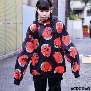 芸能人が美食探偵 明智五郎で着用した衣装パーカー