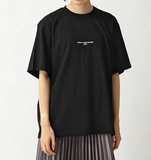芸能人がInstagramで着用した衣装カットソー