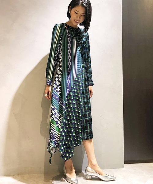 芸能人が所JAPANで着用した衣装ワンピース