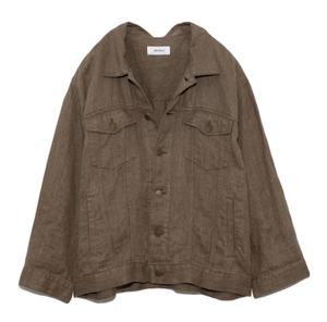 芸能人がInstagramで着用した衣装ジャケット