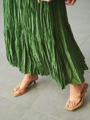 芸能人が雑誌 otonaMUSEで着用した衣装シューズ