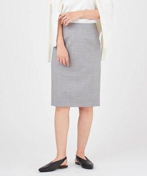 芸能人がFNN Live News αで着用した衣装スカート、ブラウス