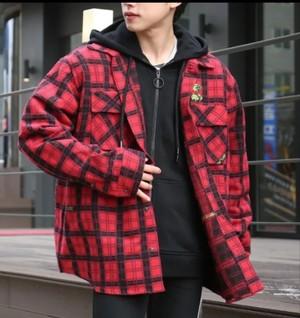 芸能人がMIU404で着用した衣装シャツ