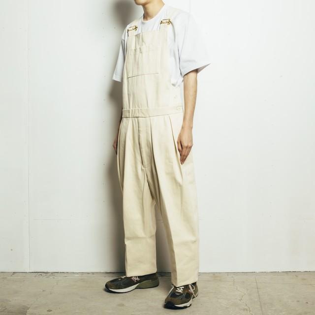 芸能人がA-Studioで着用した衣装パンツ