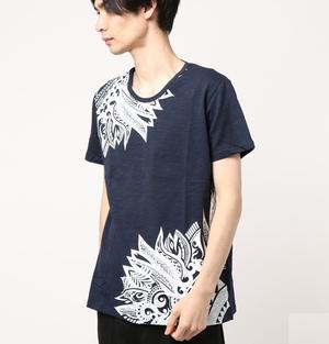 芸能人が妖怪シェアハウスで着用した衣装Tシャツ