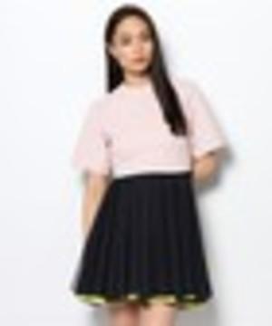 芸能人伊藤千晃が番組未選択で着用した衣装ブラウス/スカート
