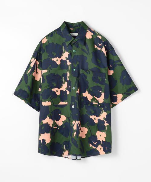 芸能人が人気の秘密を考察!売れっ子ちゃんで着用した衣装シャツ / ブラウス