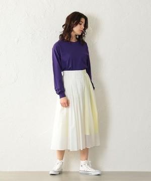 芸能人がザ!世界仰天ニュースで着用した衣装スカート、ブラウス