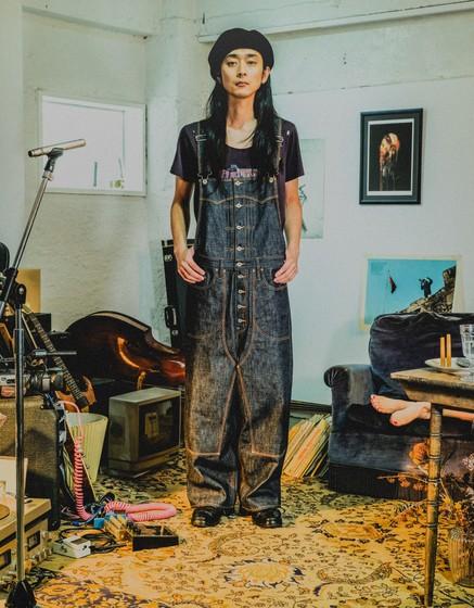 芸能人が火曜サプライズで着用した衣装パンツ