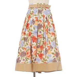 芸能人がおしゃ家ソムリエおしゃ子で着用した衣装スカート