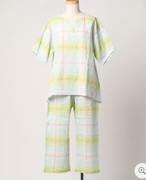 芸能人が妖怪シェアハウスで着用した衣装パジャマ