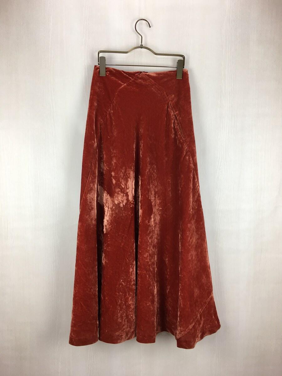 芸能人が記者会見 映像研には手を出すな!で着用した衣装スカート