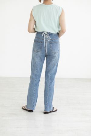 芸能人が真夏の少年~19452020で着用した衣装デニムパンツ