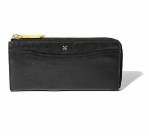 芸能人がSUITS/スーツ2で着用した衣装財布