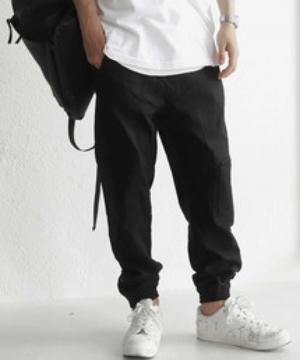 芸能人がAtsuto Uchida`s FOOTBALL TIMEで着用した衣装パンツ