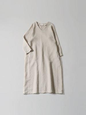 芸能人が35歳の少女で着用した衣装ワンピース