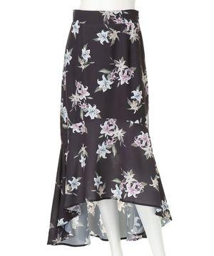 芸能人が共演NGで着用した衣装スカート