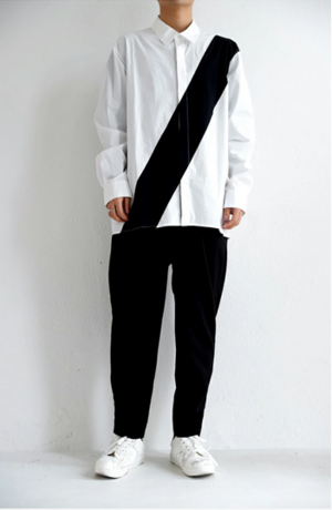 芸能人がRED KOMODO CMで着用した衣装シャツ/ブラウス