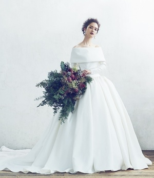 芸能人が恋する母たちで着用した衣装ウェディングドレス