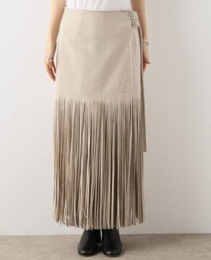 芸能人がぴったんこカンカンで着用した衣装ブラウス/スカート