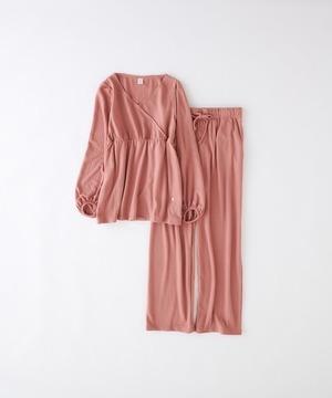 芸能人が極主夫道で着用した衣装パンツ