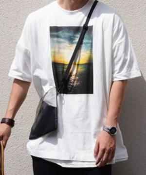 芸能人が世界ワンダー ワンダーブックで着用した衣装カットソー