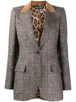 芸能人がとんかつDJアゲ太郎で着用した衣装ジャケット