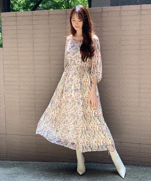 芸能人がシューイチで着用した衣装ワンピース