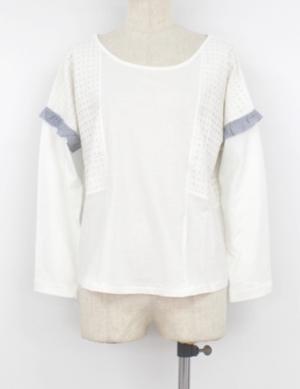 芸能人がPre-mo 2015年秋号で着用した衣装カットソー