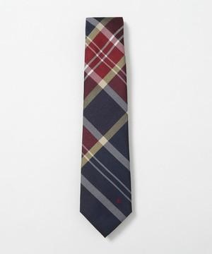 芸能人が共演NGで着用した衣装ネクタイ