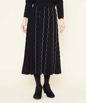 芸能人があさチャン!で着用した衣装スカート